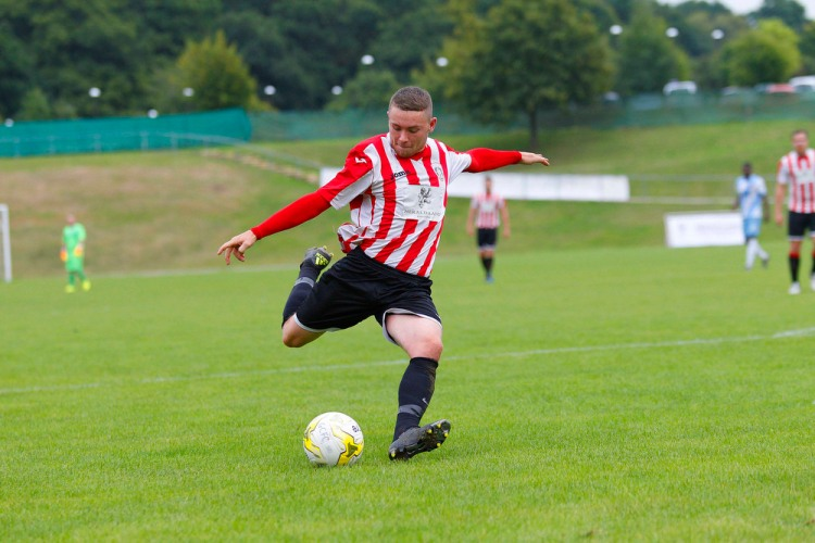 17/09/2016. Guildford City v Hanworth Villa